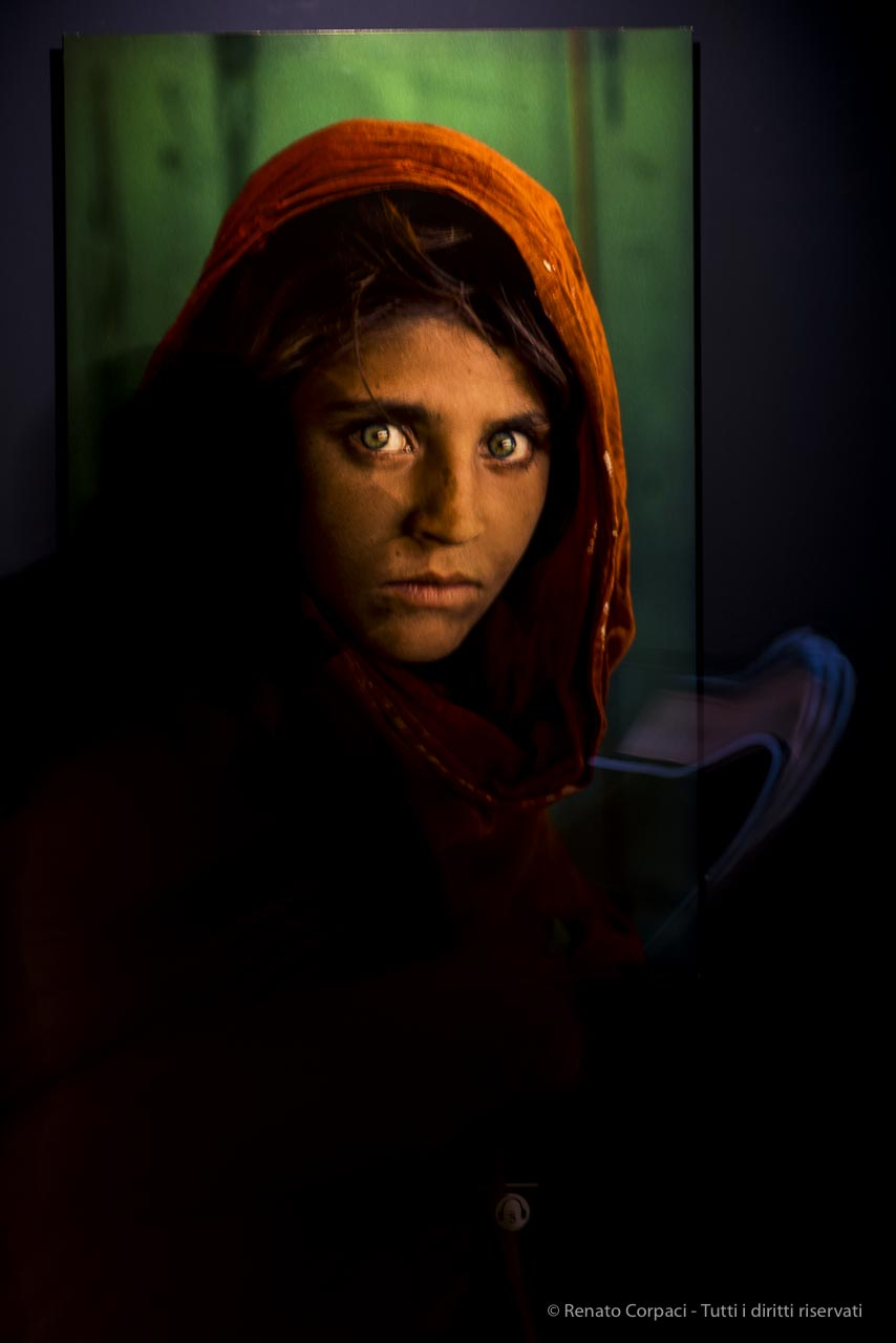 Steve mccurry icons pavia viaggi sport vacanze for Steve mccurry icons